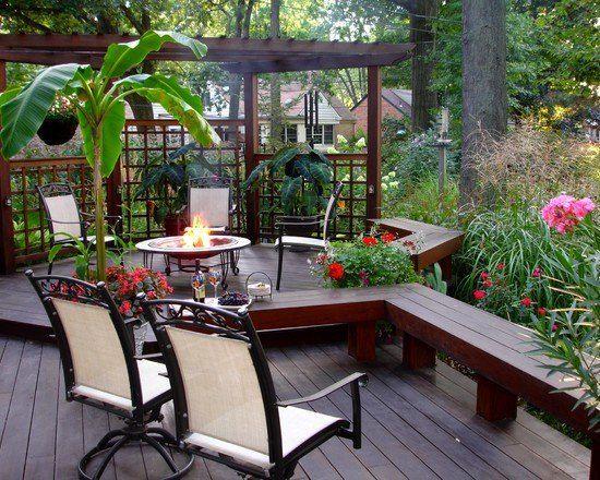 terrassenboden garten holz sitzbank feuerstelle sichtschutz holz, Gartenarbeit ideen