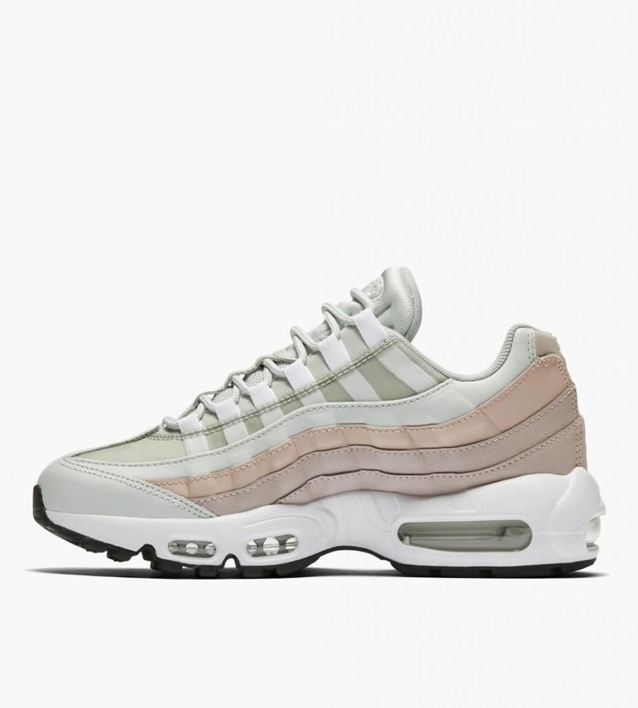 newest b45d7 68e62 Nike Wmns Air Max 95 Light Silver White Moon Particle - Baskèts Stores  Amsterdam