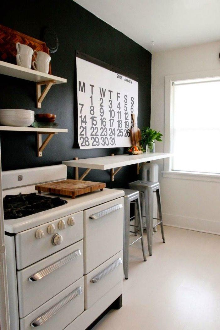 schwarze wandfarbe küche pflanzen frühstücksecke Sis WG - küche dekorieren ideen