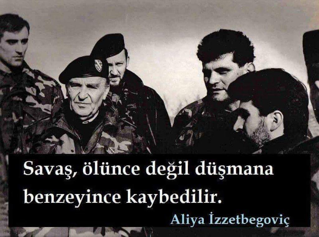 Savaş, ölünce değil düşmana benzeyince kaybedilir.   - Aliya İzzetbegoviç  #sözler #anlamlısözler #güzelsözler #manalısözler #özlüsözler #alıntı #alıntılar #alıntıdır #alıntısözler #şiir #edebiyat