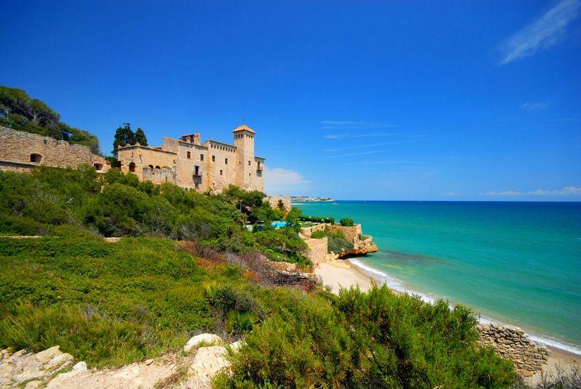 Tarragone est la capitale de la Costa Dorada.  Ne loupez pas son site archéologique classé au patrimoine de l'humanité par l'UNESCO.