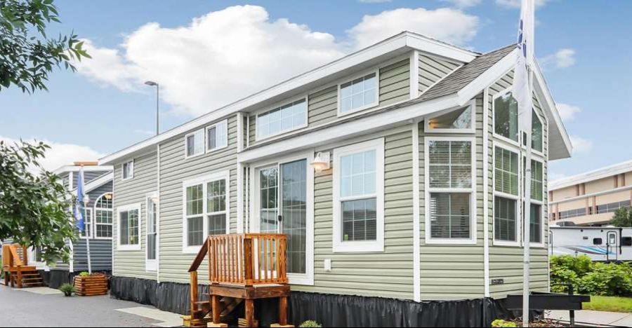This Park Model Has Gorgeous Finishes Inside And Out With Images Park Model Homes Park Models Best Tiny House