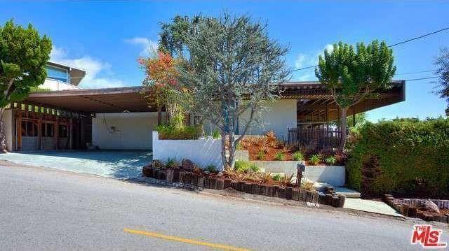 Sharp '60s Modern in Crestwood Hills Seeks Second Owner Ever - New to Market - Curbed LA