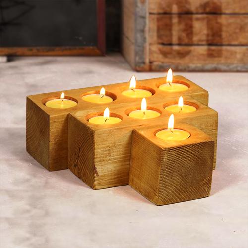حاملات شموع من الخشب الطبيعي عبارة عن 3 قطع كل قطعة فيها عدد فتحات مختلفة متوفر منها لون واحد خشبي اناره حامل شموع Tea Lights Tea Light Candle Candles