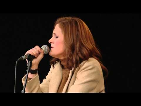 ▶ Alison Moyet - Almost Blue (LIVE Acoustic) - YouTube
