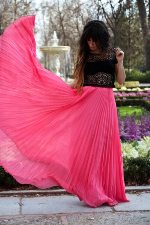 Flowy skirt | Blowing in the wind | Pinterest | Maxi skirts ...
