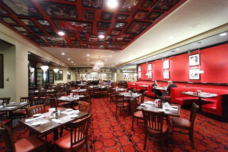 Las Vegas Weddings Last Restaurant The New Buca Cafe Italiano At Bally S