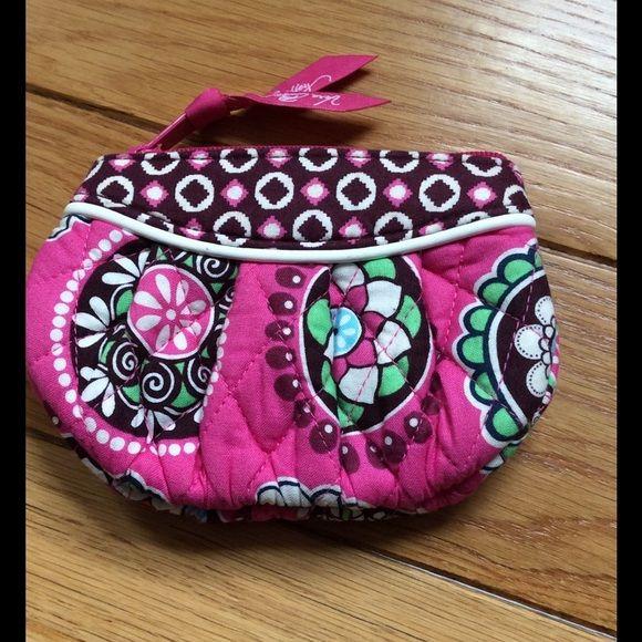 573bdb9519 Vera Bradley Coin pouch In perfect condition small coin pouch Vera
