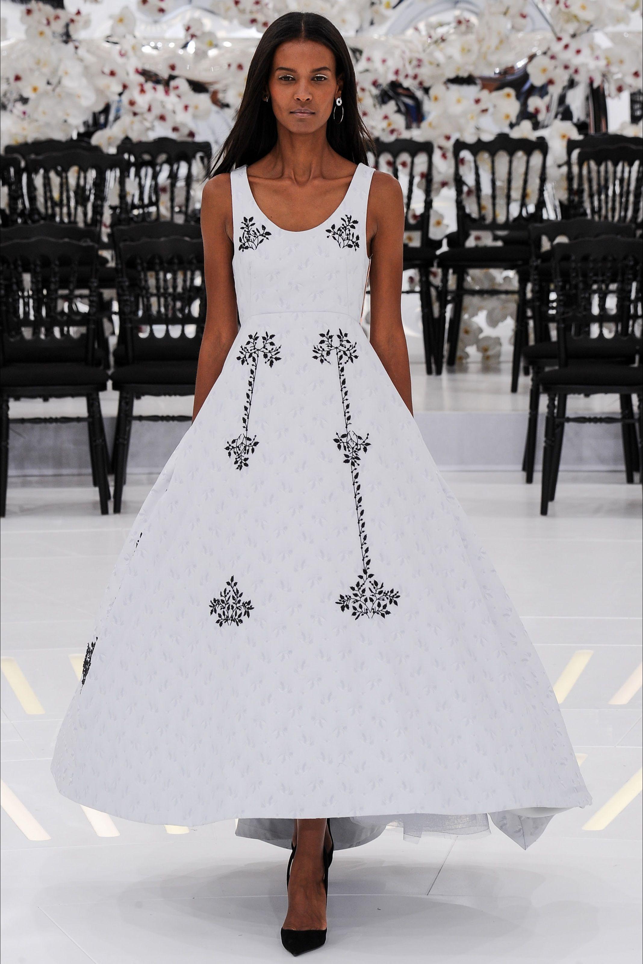 f20c8fce49283d Christian Dior Haute Couture Fall - Winter 2014/2015 | Couture ...