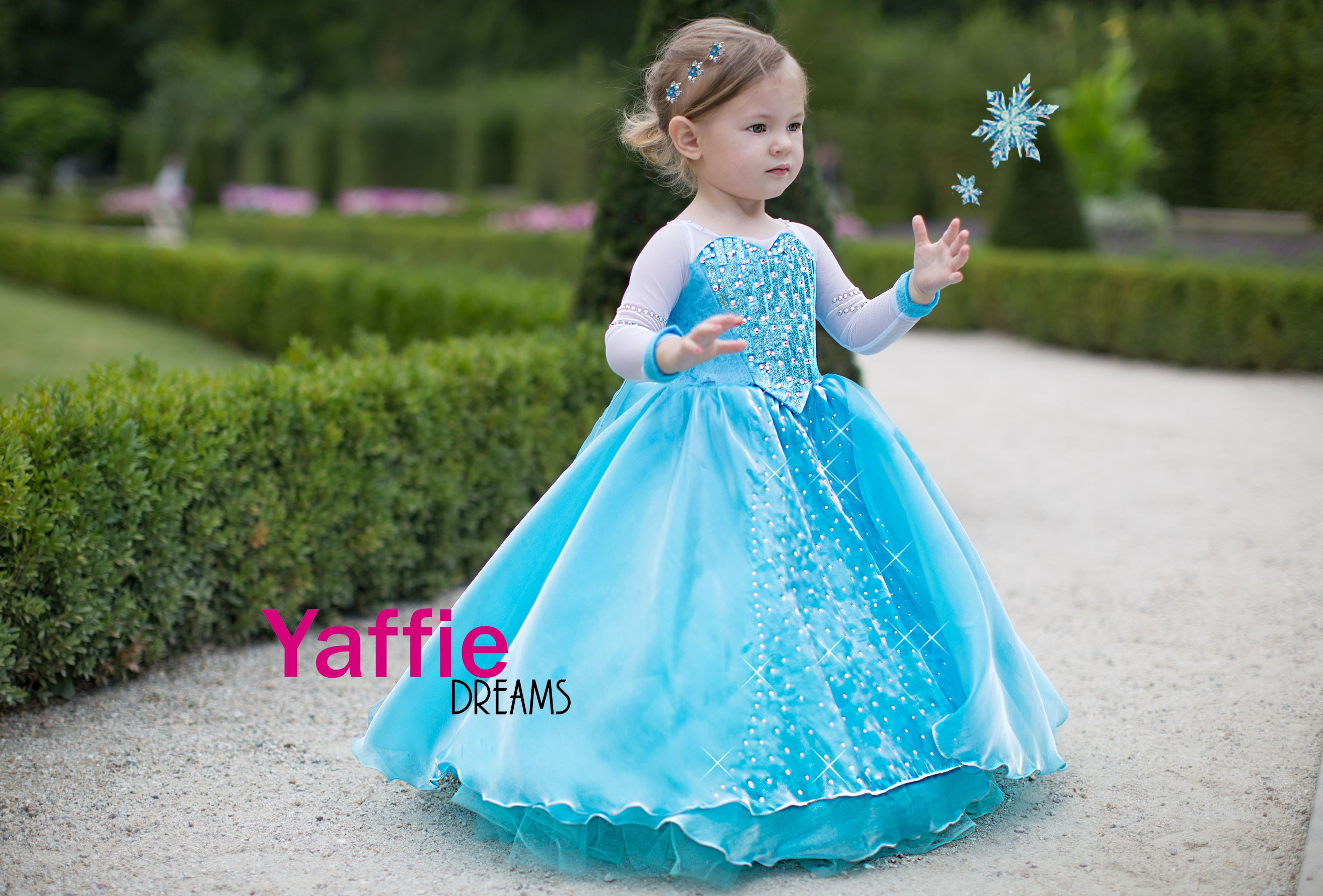 5f7f4d88e0e Elsa dress Disney princess costume Halloween outfit Frozen girl queen gown  let it go cosplay costume birthday party gift ideas beautiful toddler  Disneyland ...