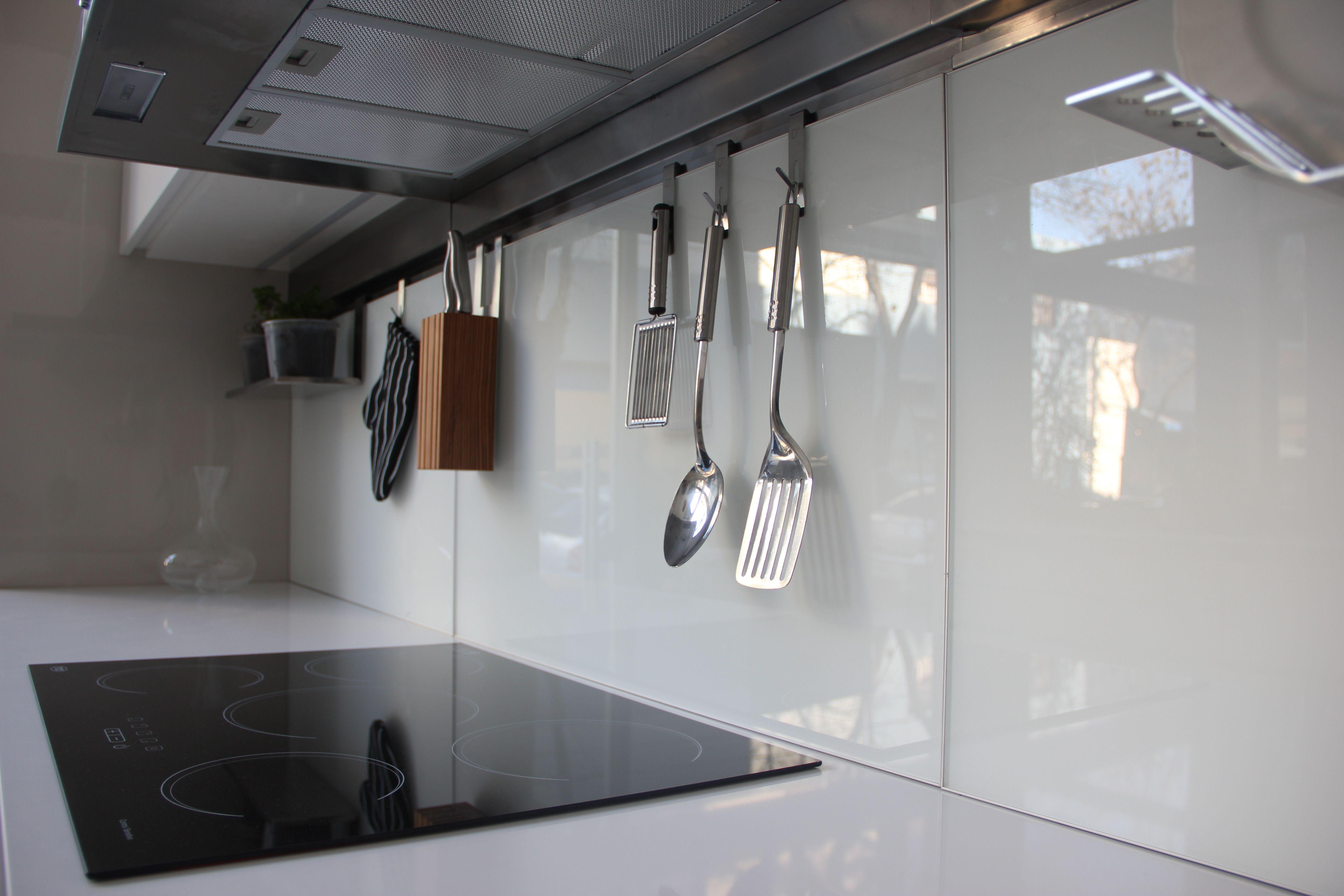 En Nuestra Exclusiva Cocina De Muebles Laqueado Blanco Brillante  # Muebles Laqueados