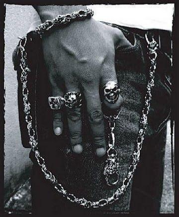 bague homme rock n roll