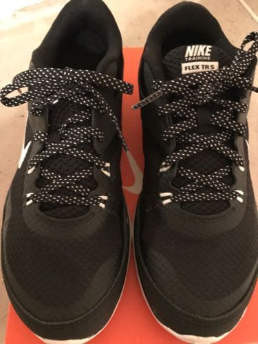 New Nike Flex Trainer 5 women cross training sneakers size 7.5 Color Black https://t.co/0G87293hq3 https://t.co/RXG7WH7Usj