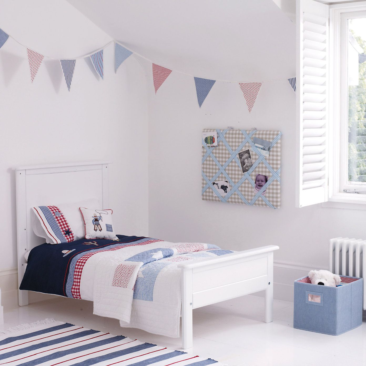 Buy Childrens Bedroom > Nursery > Stars & Stripes Quilt
