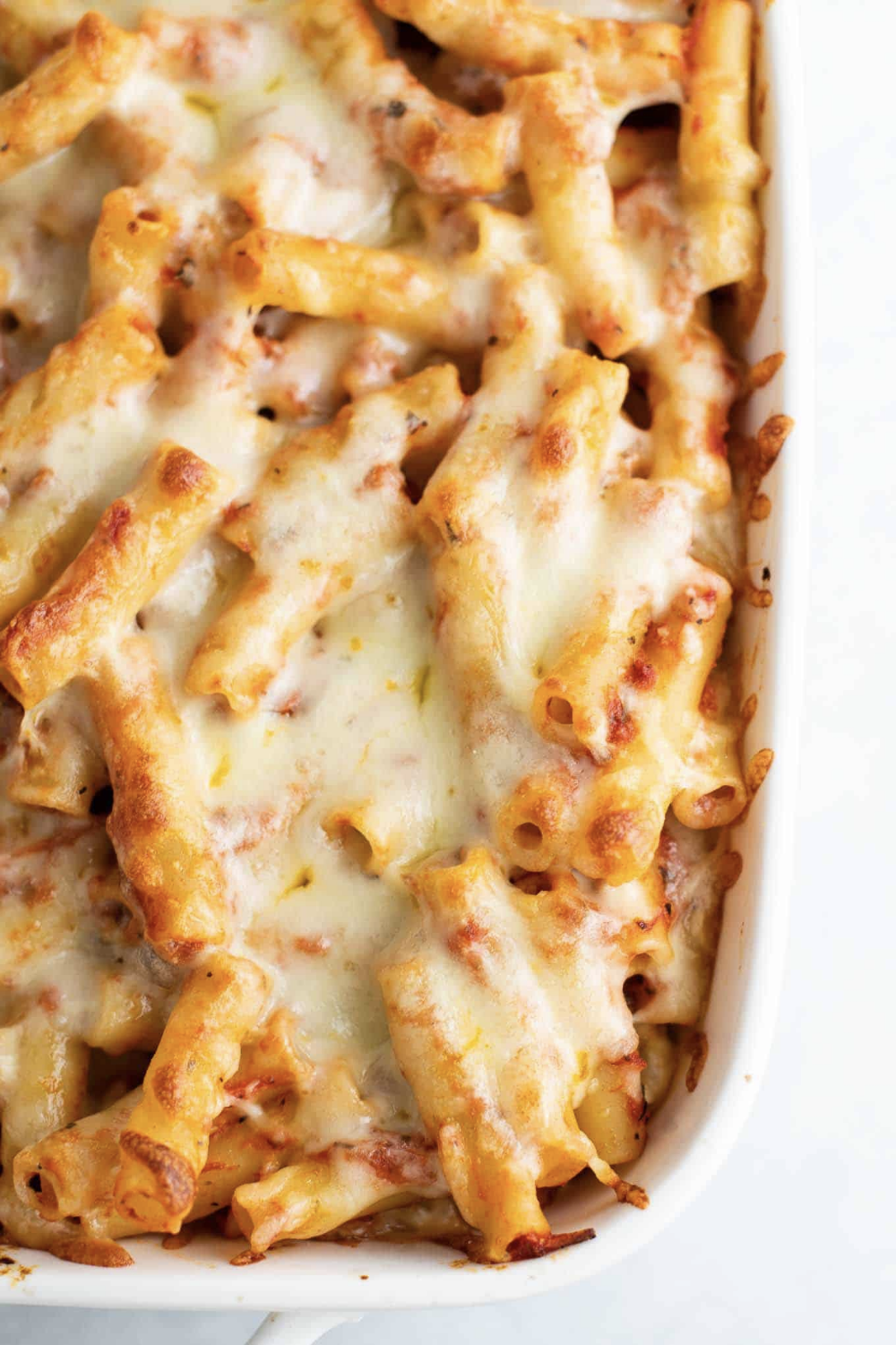 Super Easy Three Cheese Baked Ziti Is A Meatless Dinner Recipe That Everyone Will Love In 2020 Ziti Recipes Baked Ziti Recipe Baked Ziti