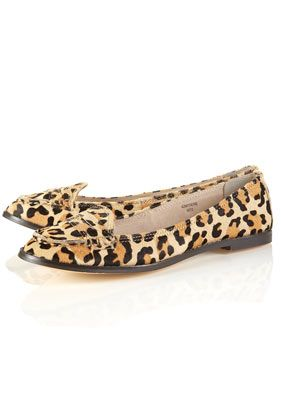 cd40213916ee Love these leopard print loafers from Topshop! Leopard Print Loafers, Sell  Shoes, Cute