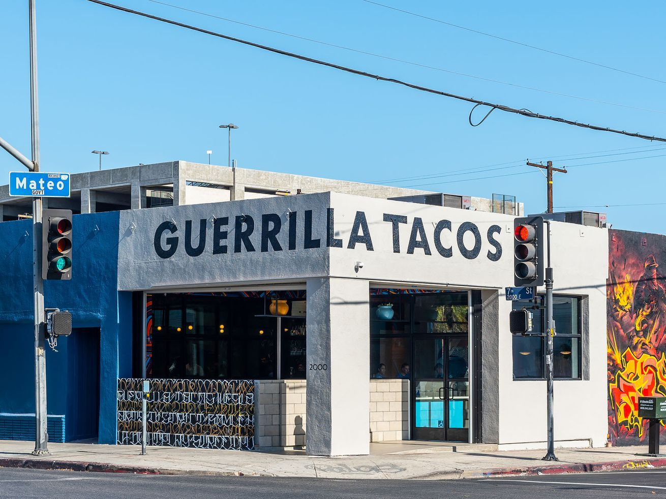 La Car Dealerships Help Out Local Restaurants With Free Delivery Vehicles In 2020 Hispanic Food Guerrilla La Food