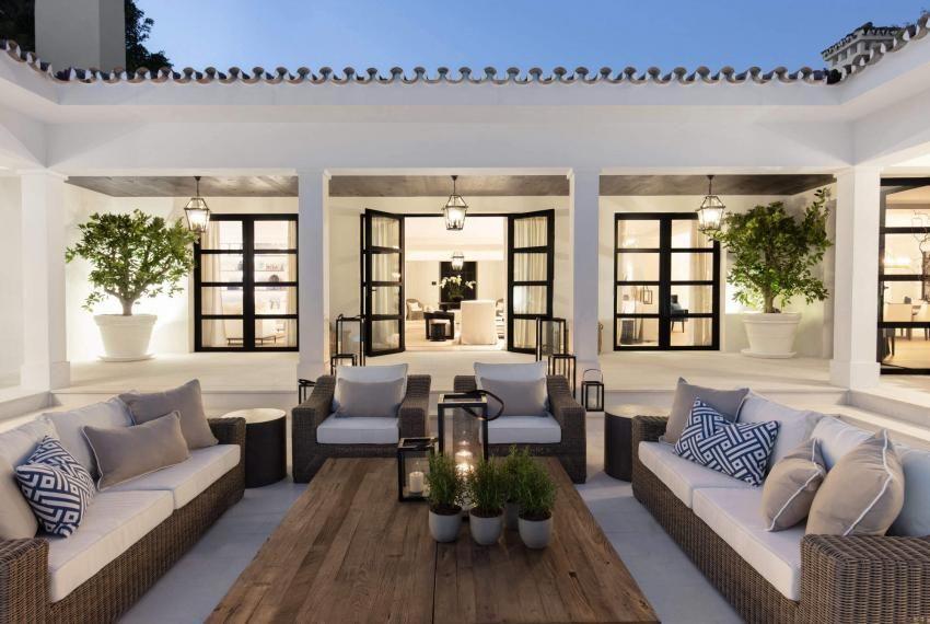 Prestigious Contemporary Villa in Marbella