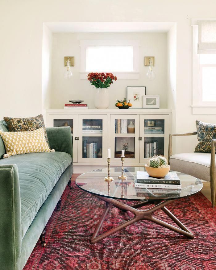 15 Perfect And Cozy Small Living Room Design: Step Inside An Actress's Cozy And Eclectic Living Room