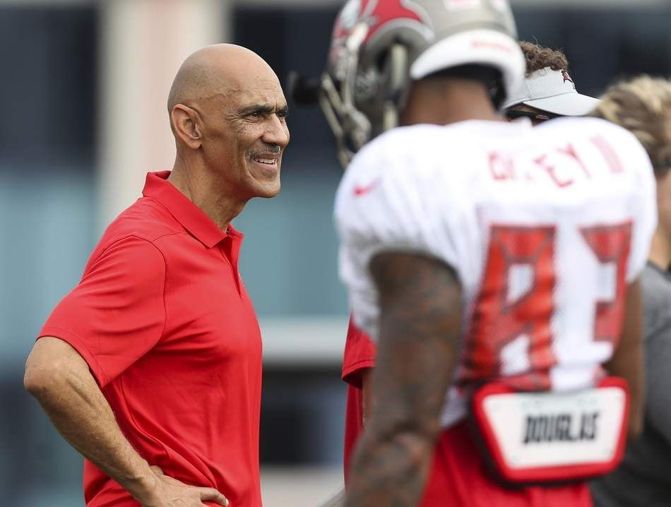 Tony Dungy On Nfl And Protests During Anthem Listen To Why It Matters To Players Tony Dungy Tony Nfl