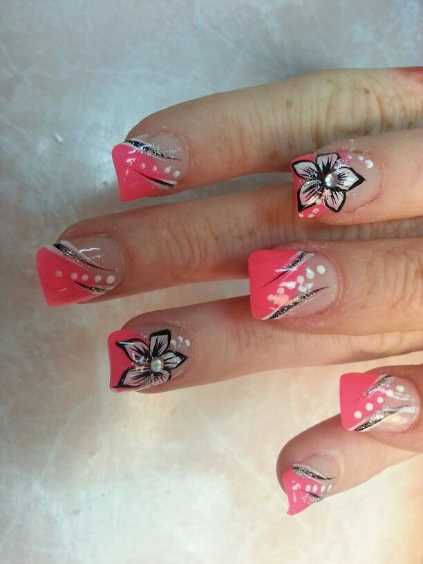 Black and white flowers on the pink background. - Black And White Flowers On The Pink Background. Nails Pinterest