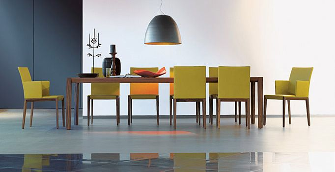 Walter Knoll Andoo Dining Table