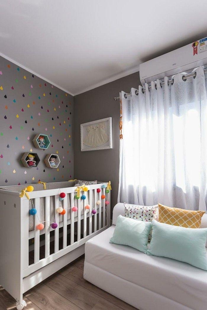 kinderzimmer einrichten ideen weißer pelzteppich babybett