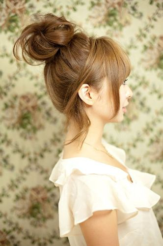 15 Best Korean Hairstyles For Girls Styles At Life Hair Styles Pretty Hairstyles Hair Knot