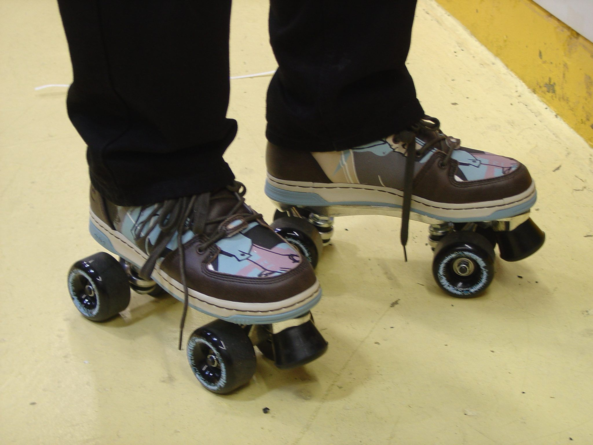 Custom Roller Skates Make So Why Would You Want To Make Your Own Roller Skates Because You Can Imagine Rolling Int Roller Skates Skate Snowboard Girl