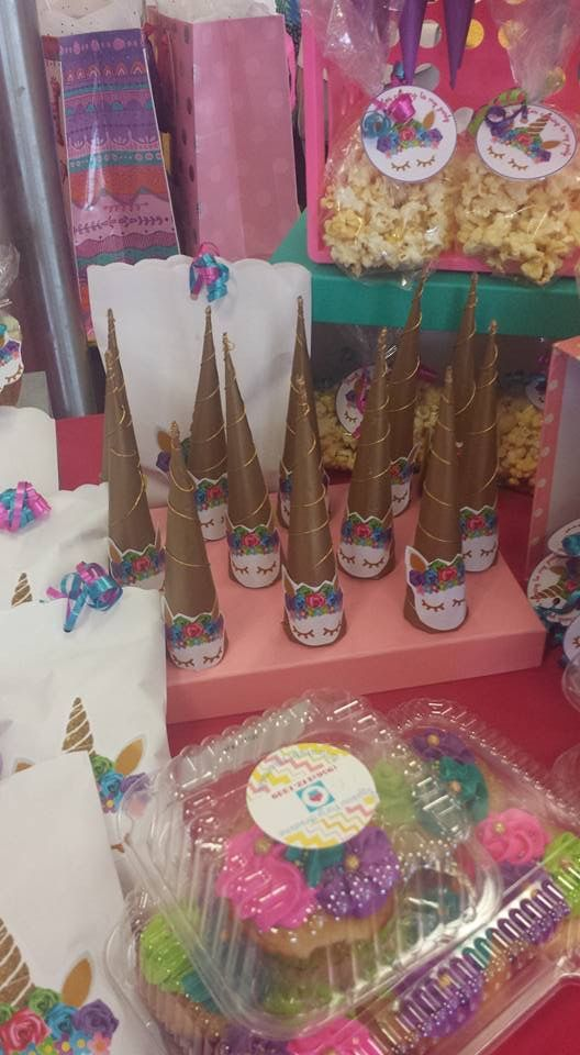 unicorn candy table