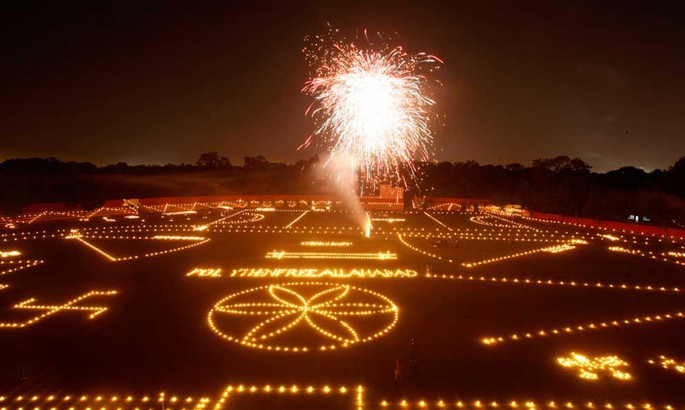 Festival de las luces deja a Delhi entre bruma contaminante