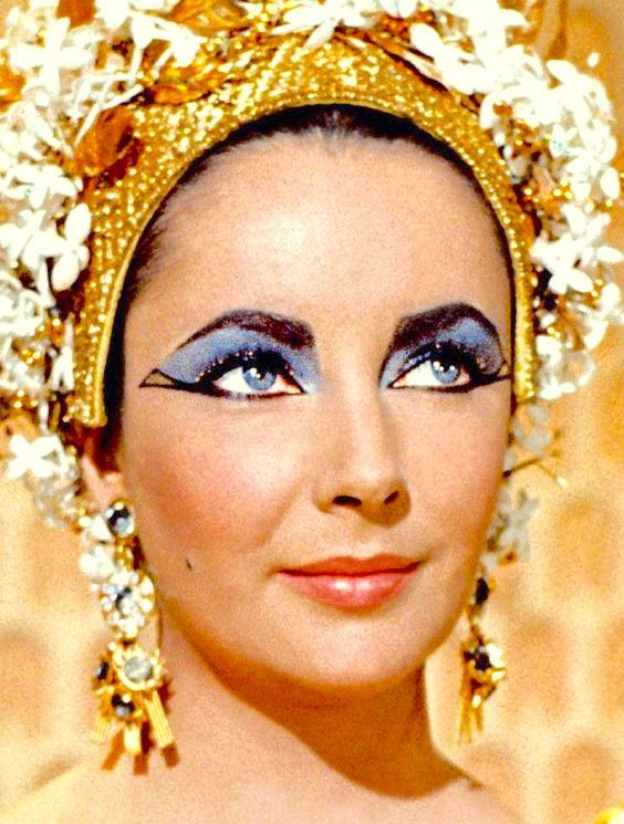 Pin By Kahtriel Yosayf On Cleopatra Liz Taylor Elizabeth Taylor Eyes Elizabeth Taylor Cleopatra Elizabeth Taylor