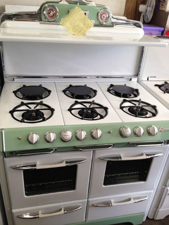 40 Inch Range With Griddle Savon Appliance 818 843 4840 2925 Burbank Blvd Burbank Ca 91505 Vintage Stoves Vintage Kitchen Appliances Vintage Appliances