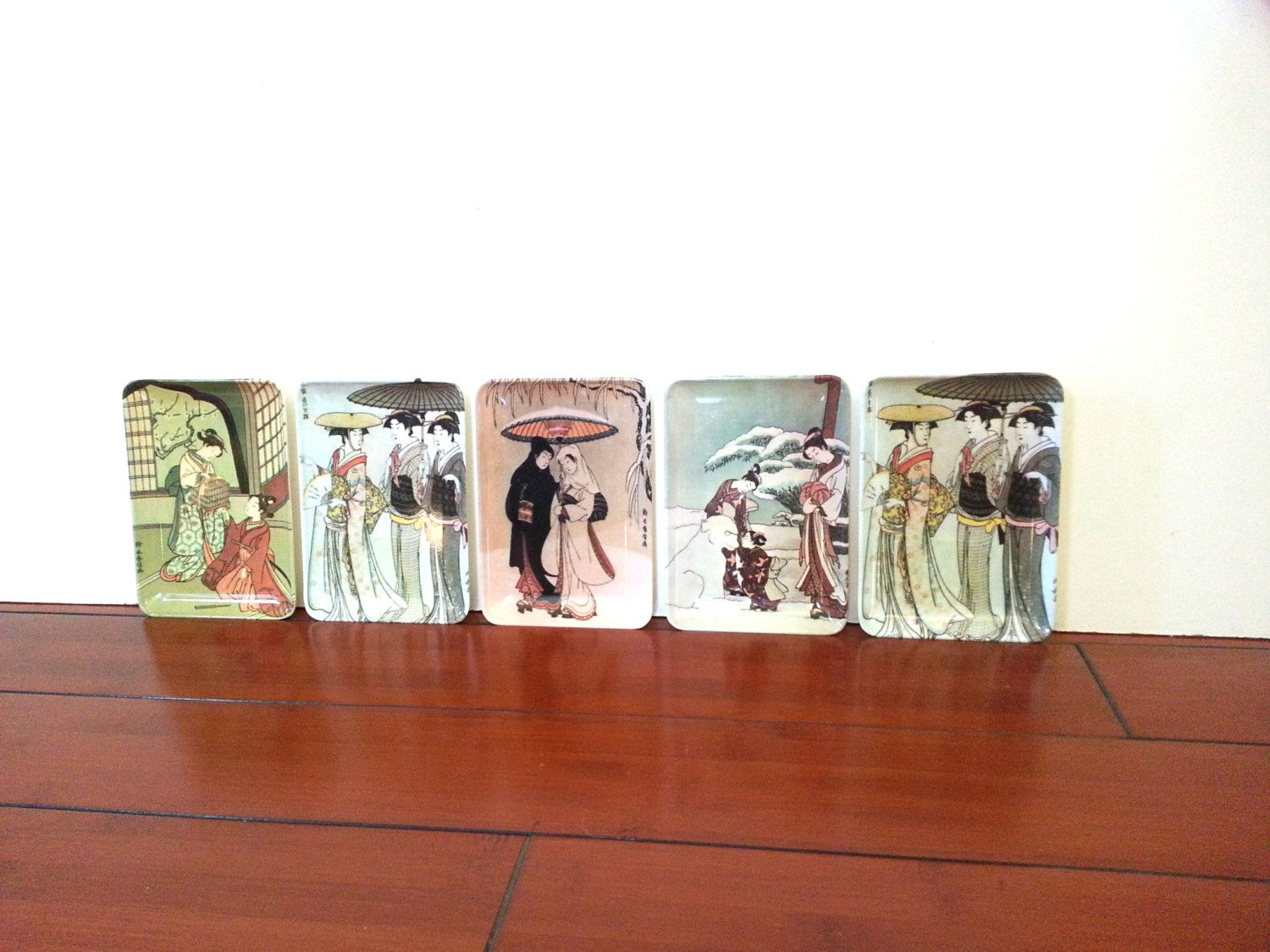 Vintage Trays Set Of Five Asian Style Mebel Decorative Crafts Inc