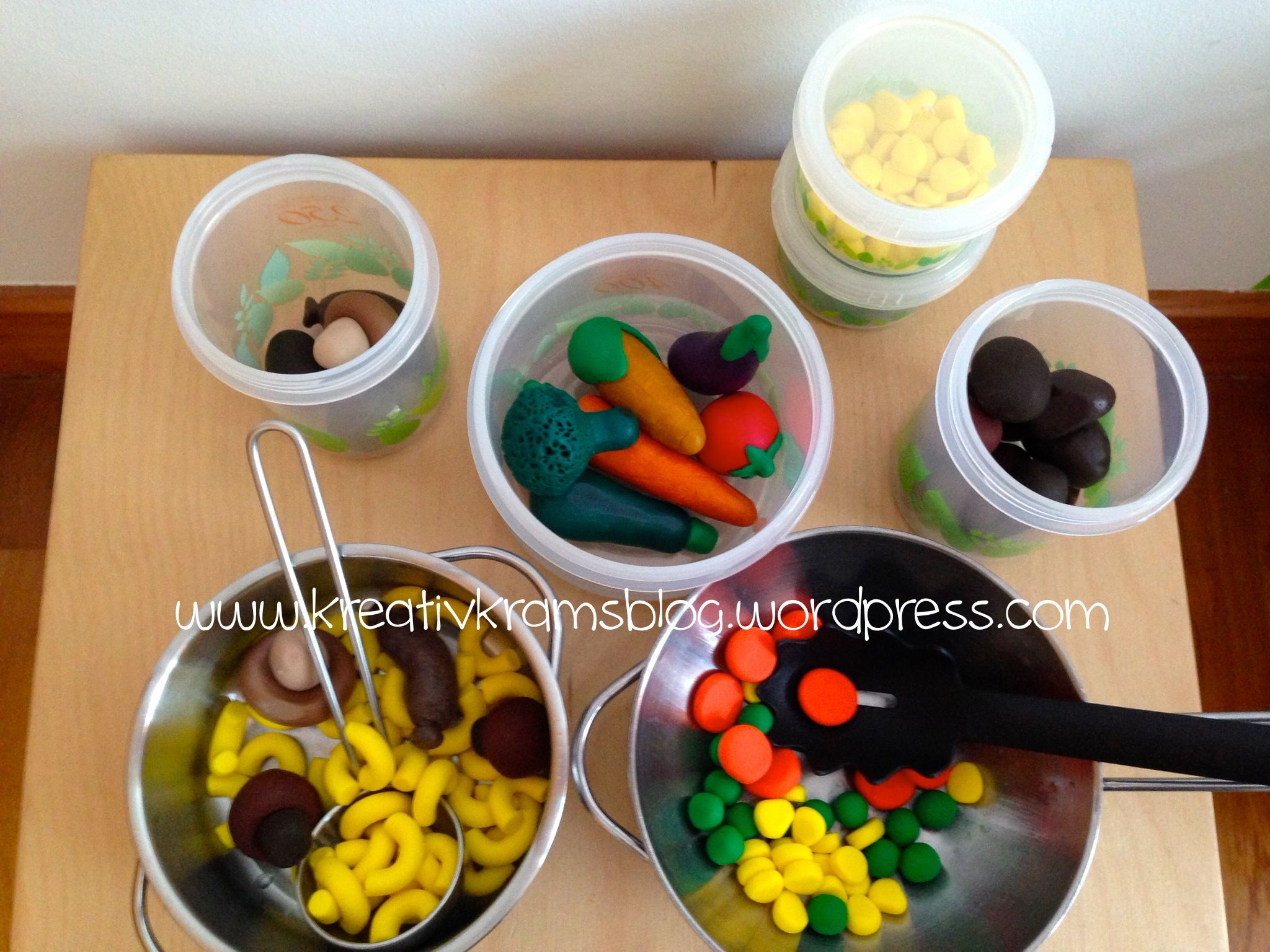 play kitchen food made from fimo kreativkramsblog