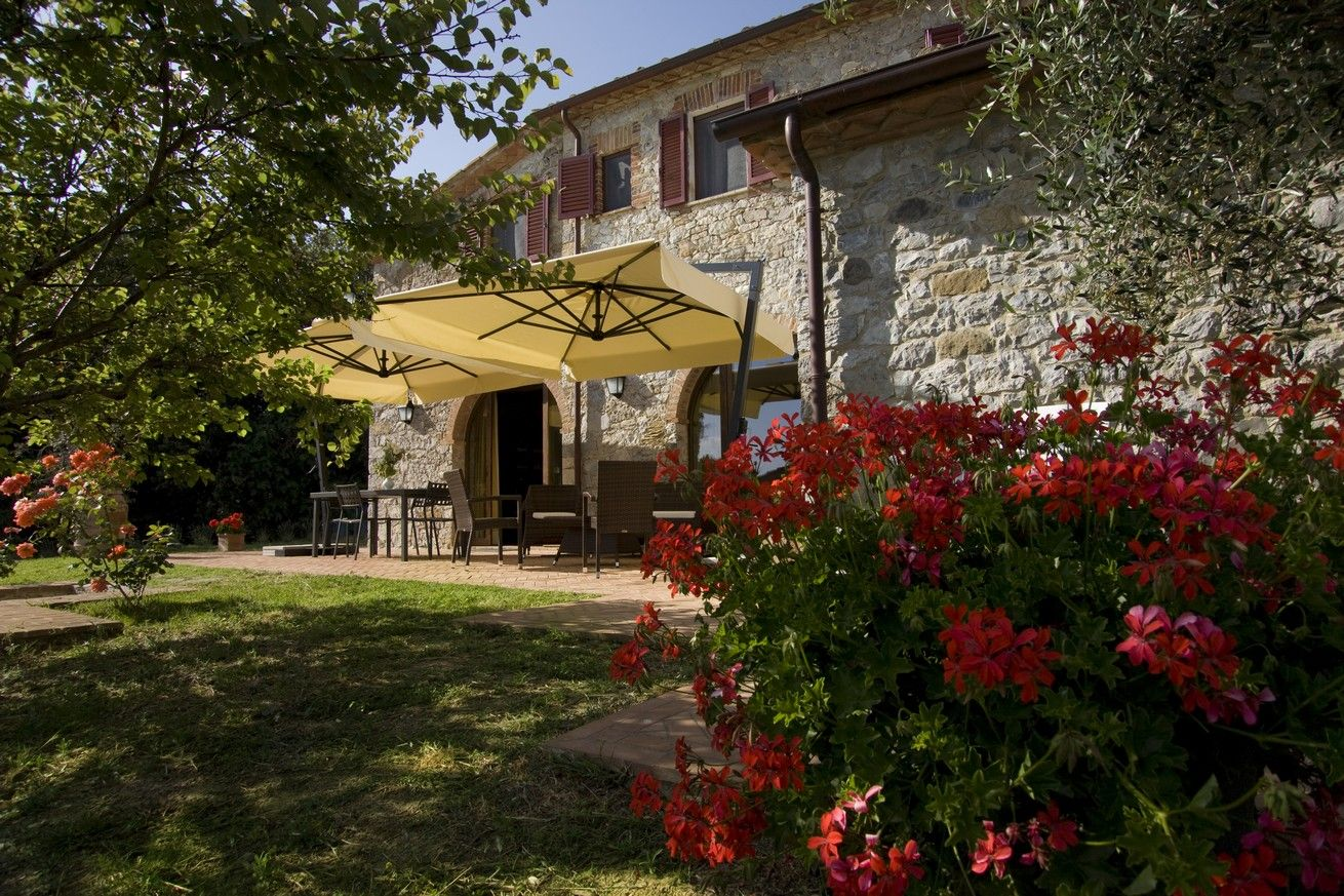 Siena country , #farm house with swimming-pool http://www ...