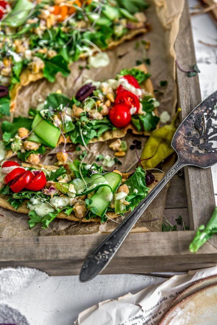 Vegan Greek Chickpea Salad