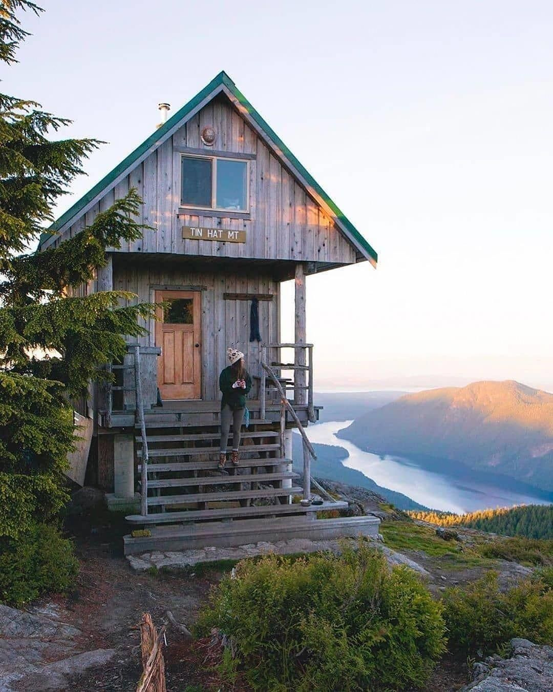 Follow ������ @tinyhousezone • Who wishes they had a view like this everyday? ������ • By @caetay • #tinyhousezone #rumahidaman #rumahcantikidaman #rumahminimalis #rumah #cabinturkey #cabin #cabinlife #nature #forest #housedesign #tinyhouse #aframe #fall #sonbahar #aframecabin #glamping #camping #vanlife #panorama #arthitecture #woodw #Aframehouse