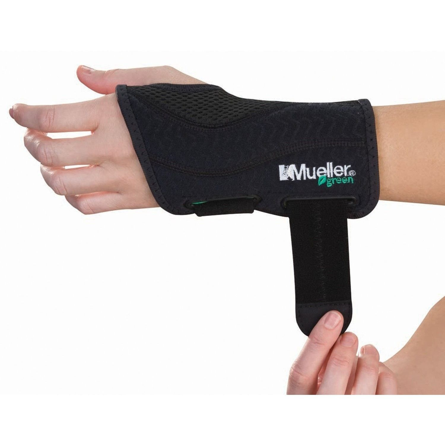 Mueller Fitted Wrist Left Black Large/XLargeOPEN BOX