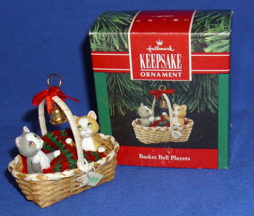 Hallmark Christmas Ornament Basket Bell Players 1991 Kitty Cats Kittens Used Ornaments Christmas Ornaments Hallmark Christmas Ornaments Cat Ornament