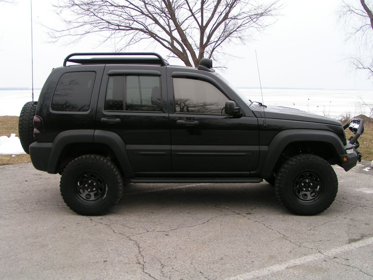 View Another 03CDKJ 2003 Jeep Liberty post... Photo