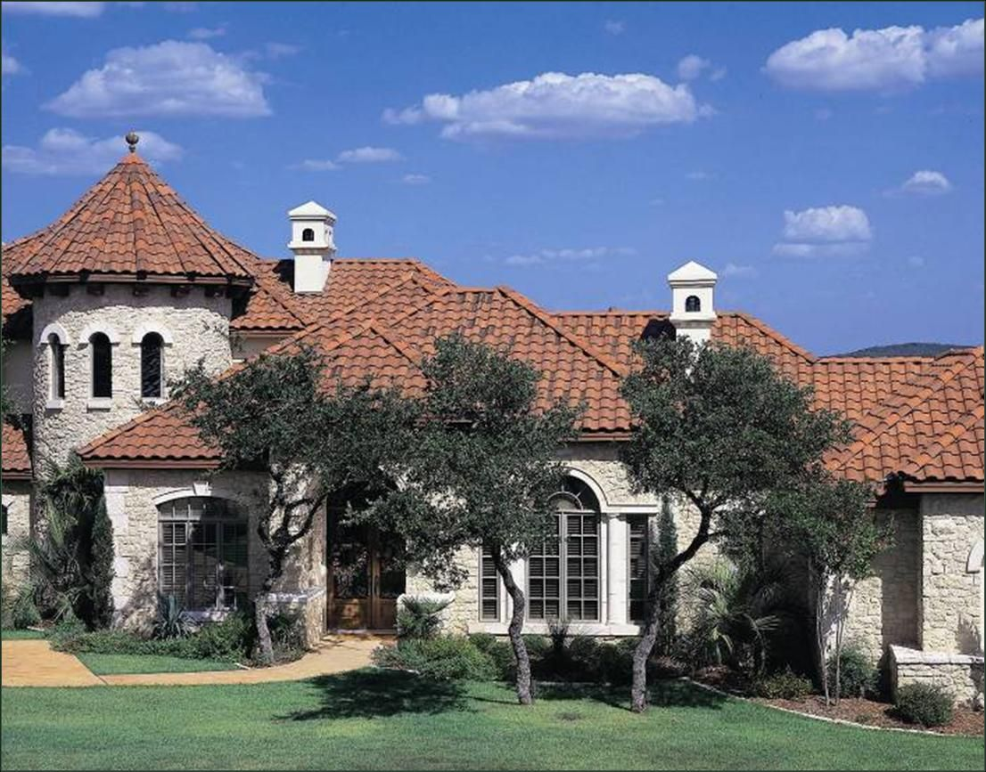 Gorgeous Texas Home Featuring Boral Tejas Espana In Casa Grande Blend House Exterior Concrete Roof Tiles Roofing