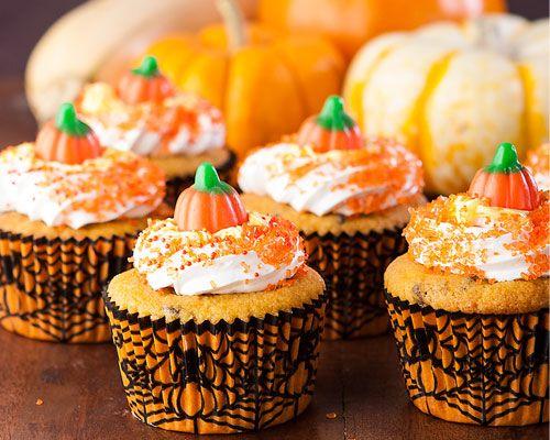 Los cupcakes ya reflejan el ambiente festivo de las fiestas de halloween. PAM te invita a echar a volar tu creatividad.