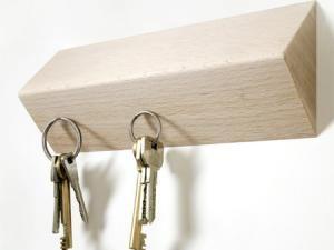 b5d265f0ace7 Porte-clés design aimanté   objets déco maison   Pinterest ...