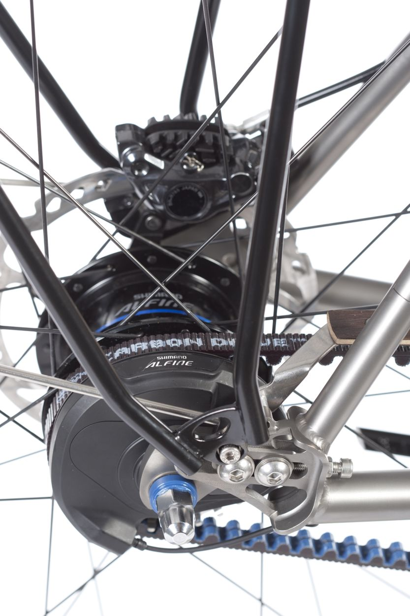 Shimano Alfine Di2 and Hydraulic Road Disc Brake ST-R785 - Titan ...