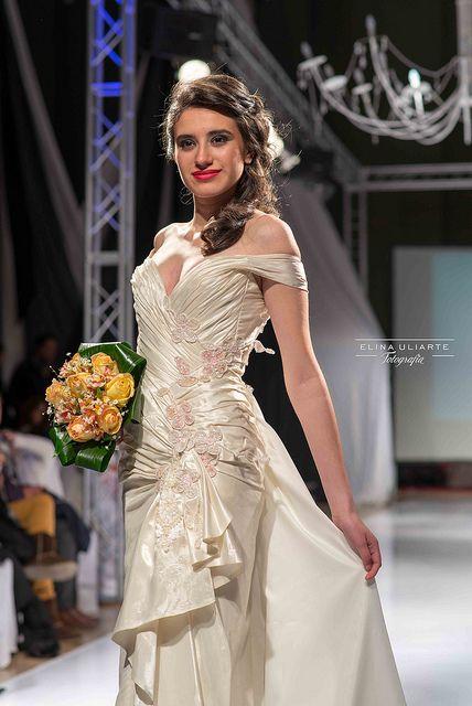 Desfile Revista ¨ Nos Casamos ¨ 2013
