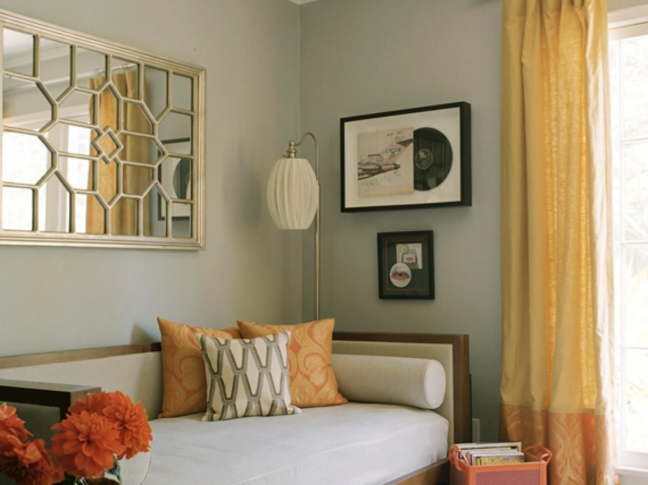 Guest Bedroom Decor Ideas Delectable Guest Bedroom Design Ideas  Contemporary Daybeds Cozy Corner And Decorating Design