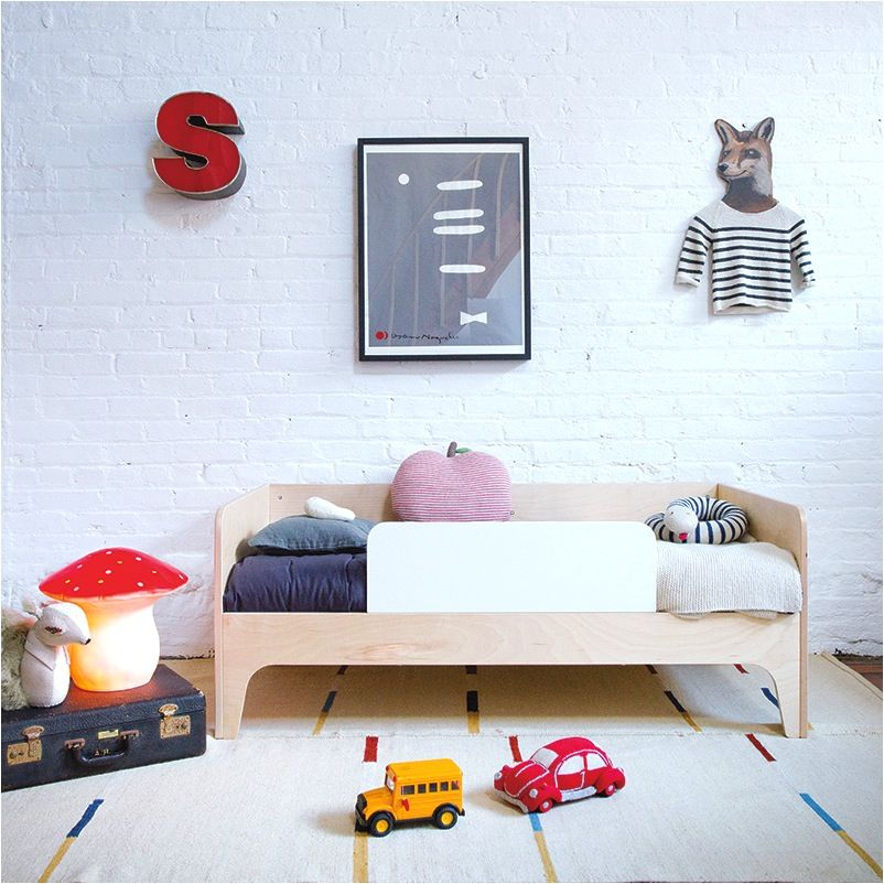 Loving the pops of colour in this kids room