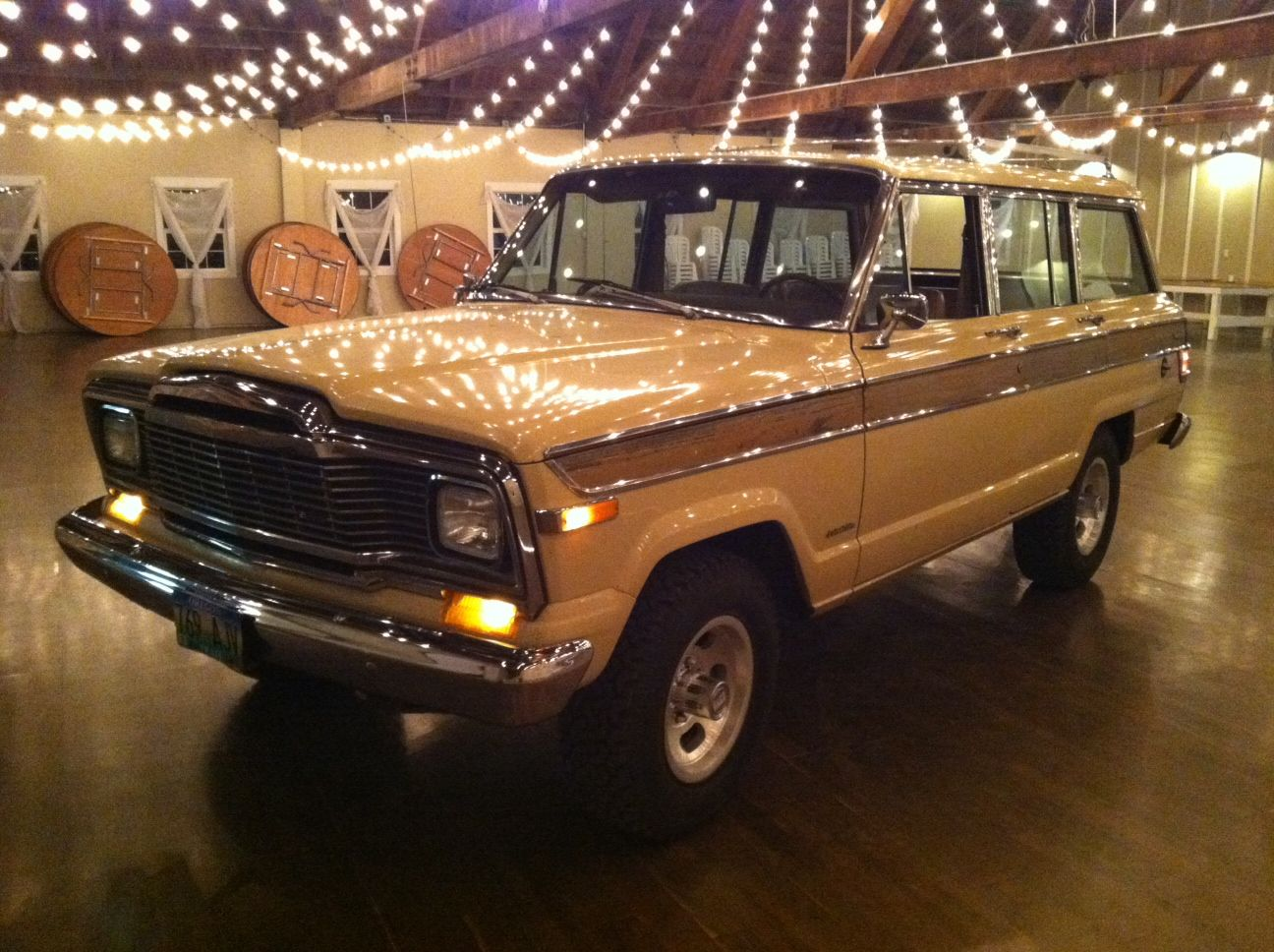 Put some Wag in your life! 79 Wagoneer for sale in Oregon