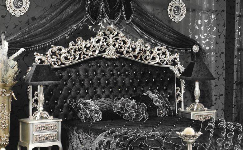 Soyunma odası bulunan yatak odalarında dolapsız olarak kullanılan Çırağan Yatak Odasında, kapitone sanatı mükemmel şekilde kullanıldı.